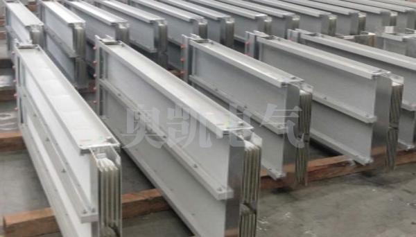 密集型插接式母线槽